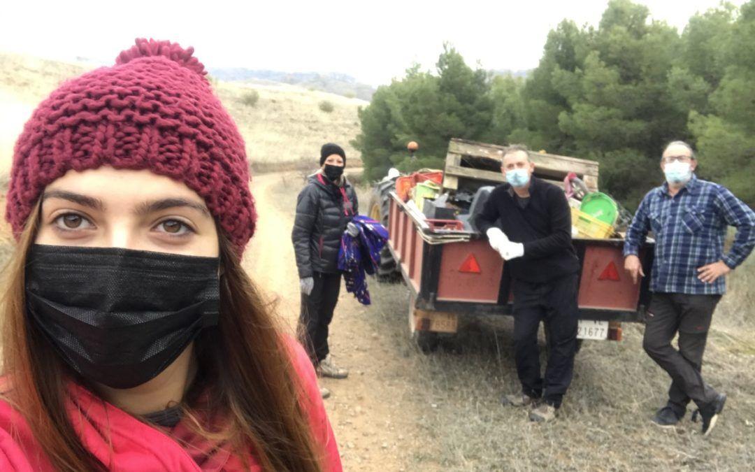 Jornada de limpieza y recogida de basuraleza en Morata de Jalón